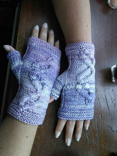 I am happy to introduce my Pacific Waves fingerless mitts. Surprisingly quick and easy knit.