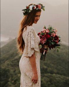 hippie wedding 726838827351560164 - Source by runagapizarro Rustic Wedding Dresses, Luxury Wedding Dress, Classic Wedding Dress, Casual Wedding, Lace Wedding, Wedding Vintage, Bling Wedding, Elegant Wedding, Wedding Ideas