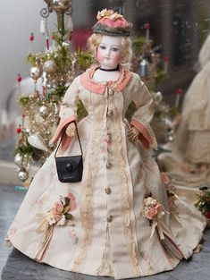 François Gaultier  (1837-1916)  —   12'' Fashion Doll, size 0,  1875  (700x931)