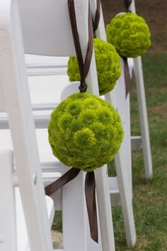 Wedding aisle floral balls (I've also seen them in yellow) Classic Wedding Flowers, Floral Wedding, Lime Wedding, Dream Wedding, Wedding Chairs, Wedding Table, Lime Green Weddings, Wedding Isles, Wedding Aisle Decorations