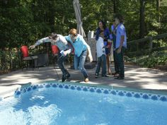 Taking a Dip - HGTV's Property Brothers Bring the Fun to Home Reno on HGTV