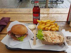 Burger plus Beilagen im Ruffs Burger (Rindermarkt) in München. Lust Restaurants zu testen und Bewirtungskosten zurück erstatten lassen? https://www.testando.de/so-funktionierts
