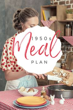 Want a look at a meal plan? This is a real meal plan from a magazine. It's a fun look at the past and may give you some ideas as well. Retro Recipes, Vintage Recipes, 1950s Food, Retro Food, Depression Era Recipes, Vintage Housewife, Vintage Baking, Free Meal Plans