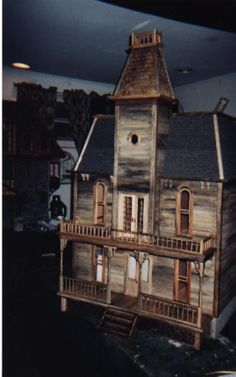 Haunted house Doll House