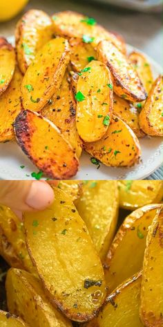 Roasted Fingerling Potatoes Made with oregano, veggie broth, garlic, and lemon juice, these Roasted Fingerling Potatoes are bursting with flavor! They make a great side Easy Healthy Recipes, Healthy Snacks, Easy Meals, Health Recipes, Vegetable Dishes, Vegetable Recipes, Broccoli Recipes, Roasted Fingerling Potatoes, Parmesan Roasted Potatoes