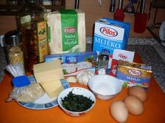 Cesnakové trojhranky (fotorecept) - recept | Varecha.sk Ale, Grains, Eggs, Breakfast, Food, Morning Coffee, Egg, Ales, Meals