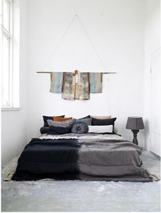 Black grey love the deco Dream Bedroom, Home Bedroom, Bedroom Decor, Bedroom Ideas, Design Bedroom, Bedroom Wall, Master Bedroom, Decoration Inspiration, Interior Inspiration