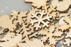 50 or 100 Mixed Christmas Plywood