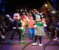 H Opening Ceremony σχεδιάζει μία Disney συλλογή ρούχων που θα σε κάνει να νιώσεις και πάλι παιδί