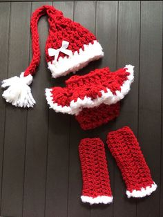 Santa Set, Ruffle Diaper Cover and Hat, Leg Warmers, Bow, Girls, Photo Props, Christmas Outfit Clothing, Newborn Infant