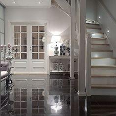 God kveld mine Insta venner, good evening my dear insta friends 🌒🙋💝#interior123#inspire_me_home_decor #interior125#ninterior #interior4you1 #interior4all #shabbyyhomes #homeamour #passion4interior #eleganceroom #hem_inspiration #interiorstyled #inspohome #interiorandhome #interior_and_living #the_real_house_of_ig #wonderfulrooms #classyinteriors #entrance #interiorharmoni #interiors #decoration #inspotoyourhome#interiorinspiration#roomforinspo #instahome