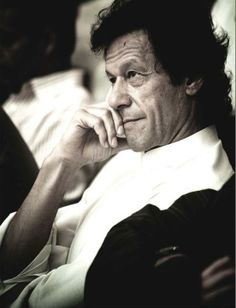 Imran Khan - now a strong Pakistani politician campaigning for reform in democratic Pakistan, he was also captain of the Pakistan cricket team that won the 1992 Cricket World Cup. He also runs one of the world's few free-treatment cancer hospitals in the world - Shaukat Khanum Cancer Hospital. Apart from sports and politics, I'm inspired by his sense of commitment, dedication and philanthropy.