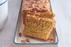 Mandlovo-mrkvový chlebíček Food Inspiration, Banana Bread, Low Carb, Desserts, Recipes, Low Gi, Tailgate Desserts, Deserts, Postres