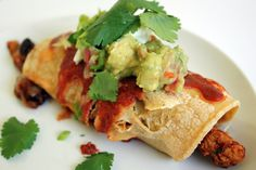 Chipotle Chicken Fajita-Enchiladas - Get the recipe: http://livewell360.com/2011/03/chipotle-chicken-fajita-enchiladas/ #dinner #chipotle #healthy