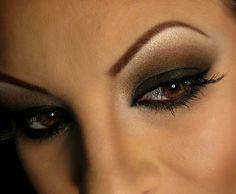 Black Smokey Eyes