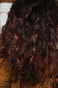 Résultat masque hydratant naturel pour les cheveux à la compote et poudre d'orange Diy Masque, Hair Dos, Long Hair Styles, Orange, Moisturize Hair, Curly Wavy Hair, Homemade Face Masks, Hair Masks, Face Powder