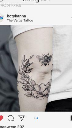 Tattoo designs for women small wrist – Viral Mini Tattoos, Elbow Tattoos, Sweet Tattoos, Dream Tattoos, Pretty Tattoos, Future Tattoos, Flower Tattoos, Body Art Tattoos, Small Tattoos