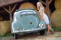 "Rare Car Pin-Up Girl - Early 1950s Split Window (""Splitty"") VW Beetle"
