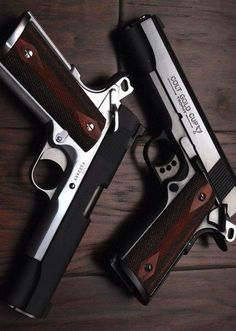 RAE Industries magazine loaders are designed to help you load your magazines faster and easier without wearing out your thumbs. Ninja Weapons, Weapons Guns, Guns And Ammo, 1911 Pistol, Colt 1911, Aigle Animal, Desert Eagle, 44 Magnum, Armas Ninja