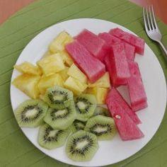 Torrijas. Best Fruit Salad, Healthy Recipes, Healthy Food, Pineapple, Deserts, Snacks, Cooking, Tableware, Middle