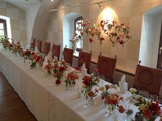 Flower decoration Flower Decorations, Table Decorations, Weddings, Flowers, Furniture, Home Decor, Wedding, Floral Decorations, Decoration Home