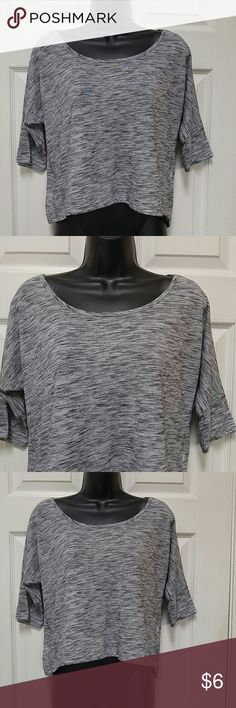 Mudd Gray Top Lovely top. Light weight. Size S. Made from 92% polyester and 8% rayon. In good wearable condition. Mudd Tops Tunics