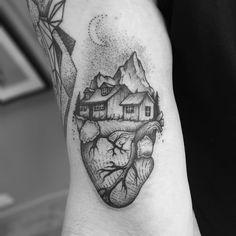 black and grey anatomical heart tattoo * black and grey anatomical heart tattoo Tattoo Drawings, I Tattoo, Scotland Tattoo, Dot Tattoos, Heart Tattoos, Fantasy Tattoos, Anatomical Heart, Black And Grey Tattoos, Tattoo Black