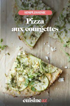 Une recette de pizza estivale avec de la courgette et du fromage de chèvre. #recette#cuisine#pizza #courgette Calzone, Avocado Toast, Breakfast, Food, Gourmet, Pizza, Goat Cheese, Zucchini, Greedy People