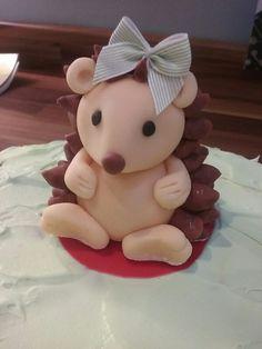 Icing Hedgehog. Cake topper