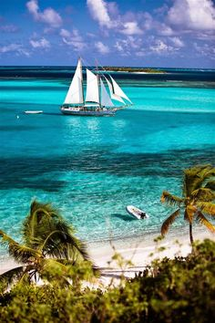 pretty classic boat sailing off of Union Island, the Grenadines Dream Vacations, Vacation Spots, Vacation Rentals, Iles Grenadines, Places To Travel, Places To See, Travel Destinations, Places Around The World, Beautiful Beaches