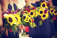 Sunflowers! Photo by Randi. #minnesota #wedding #floral