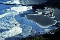 Descubre la Orotava y sus bonitas cuestas : aqui la Playa de arena negra de los Patos