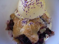 Perfect Blackberry Cobbler. Absolutely delicious and super easy cobbler. Not low on calories though! 5/5 stars for flavor and ease of preparation. I used Pillsbury Pie Crust.