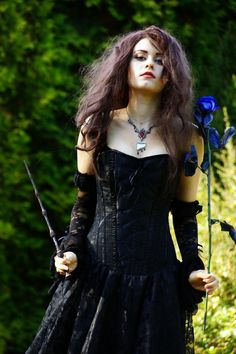 Harry Potter's evil witch Bellatrix LeStrange by cosplayer Alena-Koshkar More cosplay at AllThatsEpic& Follow us on Twitter! Submit us your cosplays