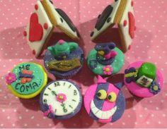 Festa de Alice - cupcakes e biscoitos
