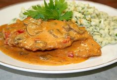 Hungarian Cuisine, Hungarian Recipes, Meat Recipes, Whole Food Recipes, Cooking Recipes, In Defense Of Food, Food Lab, Pub Food, Pork Dishes