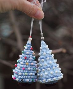39 ideas for crochet christmas tree decorations navidad Crochet Christmas Decorations, Crochet Christmas Ornaments, Holiday Crochet, Noel Christmas, Christmas Knitting, Christmas Items, Christmas Projects, Handmade Christmas, White Christmas