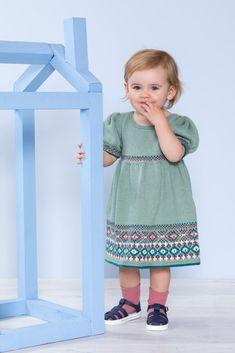 DSA65-16 Kaisa kjole med pufferme dus pistasje   Du Store Alpakka Jumpers, Tweed, Fair Isles, Leggings, Summer Dresses, Knitting, Store, Children, How To Make