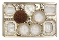 47 Amazing Life Hacks - Chocolate Box Insert - When you are done eating the delicious chocolates, use the insert and box to store a variety of small items. Household Organization, Home Organization Hacks, Organizing Your Home, Organising, Simple House, Clean House, Amazing Life Hacks, Repurposed Items, Desk With Drawers