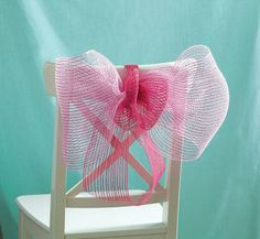 Girls' Party: DIY Mesh Chair Bows