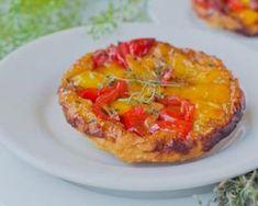 Mini tarte tatin légère aux poivrons : http://www.fourchette-et-bikini.fr/recettes/recettes-minceur/mini-tarte-tatin-legere-aux-poivrons.html