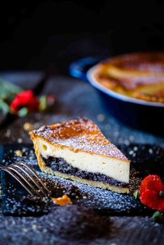 Mann backt Mohn Topfen Torte Marian Moschen (1 von 1) Cake & Co, Eat Dessert First, Cakes And More, No Bake Desserts, Cake Cookies, Food Inspiration, Bakery, Cheesecake, Good Food