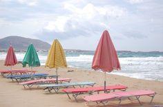 Beach pink  sunbed & umbrellas
