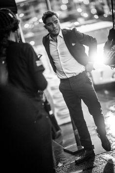 Pin for Later: Les People's Choice Awards 2016 Sont Encore Mieux en Noir et Blanc Ed Westwick