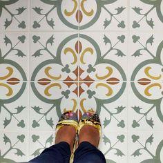 Merola Tile Revival Memory 7-3/4 in. x 7-3/4 in. Ceramic Floor and Wall Tile