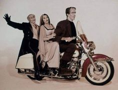 Rankin/Bass-historian: The Munsters from a TV Guide preview session The Munsters, Munsters Tv Show, Munsters Grandpa, Herman Munster, Lily Munster, La Familia Munster, Black Sheep Of The Family, Tv Movie, Yvonne De Carlo