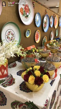Cheap Table Decorations, Ramadan Decorations, Food Decoration, Baby Shower Decorations, Eid Crafts, Ramadan Crafts, Diy And Crafts, Flamingo Wallpaper, Barbie Birthday