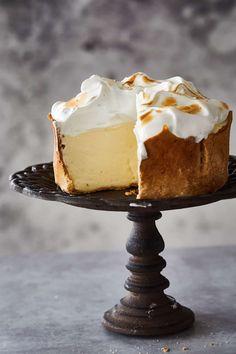 Lemon Meringue Cheesecake, Kinds Of Desserts, Lemon Desserts, No Bake Desserts, Just Desserts, Delicious Desserts, Cake Recipes, Dessert Recipes, Sweets