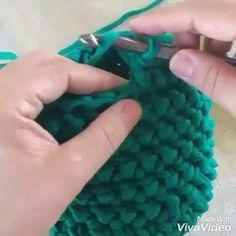 """Julia Gendina on Instagram: """"В вязании крючком есть три основных столбика, но вариаций их вязания миллион! Такой столбик я бы назвала укороченным столбиком с накидом.…"""""""