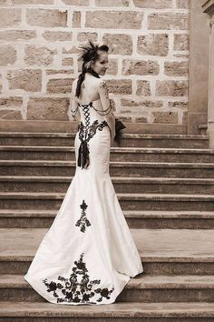 Elegant gothic wedding gowns   WhiteAzalea Simple Dresses: Simple ...